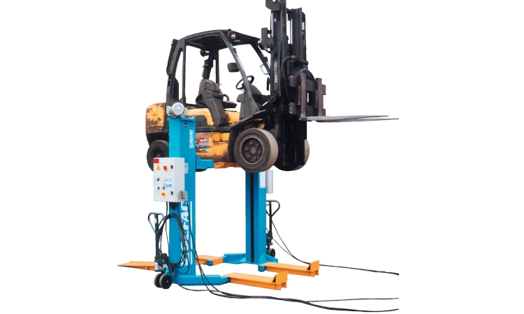 Lifts for heavy machinery - use and repair